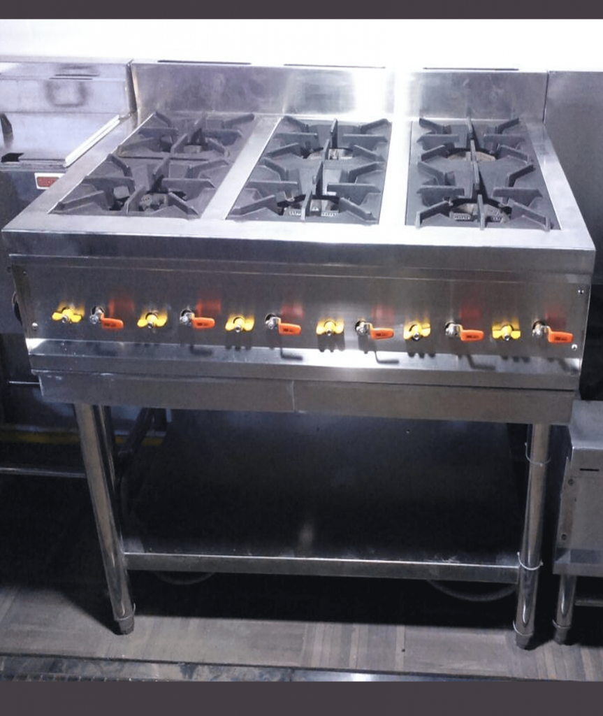 6 burner dengan menggunakan api bertekanan rendah